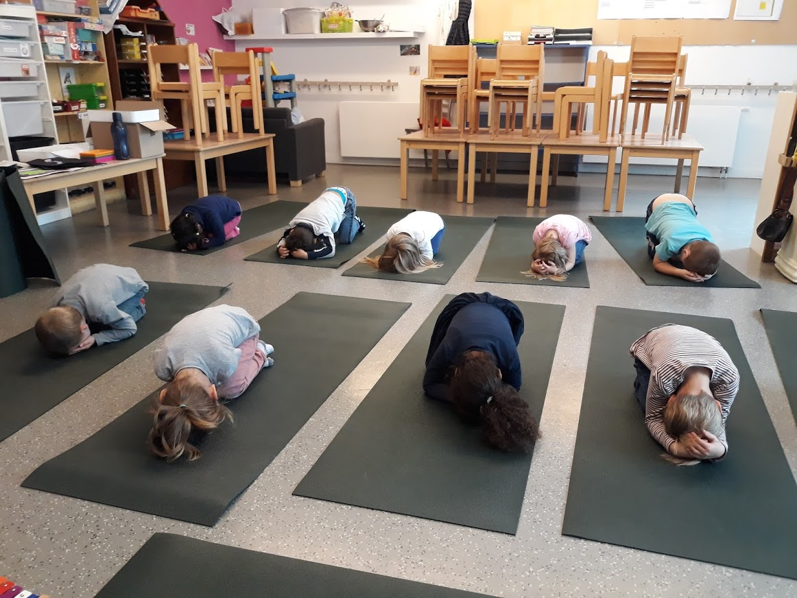 yoga maternelles 1