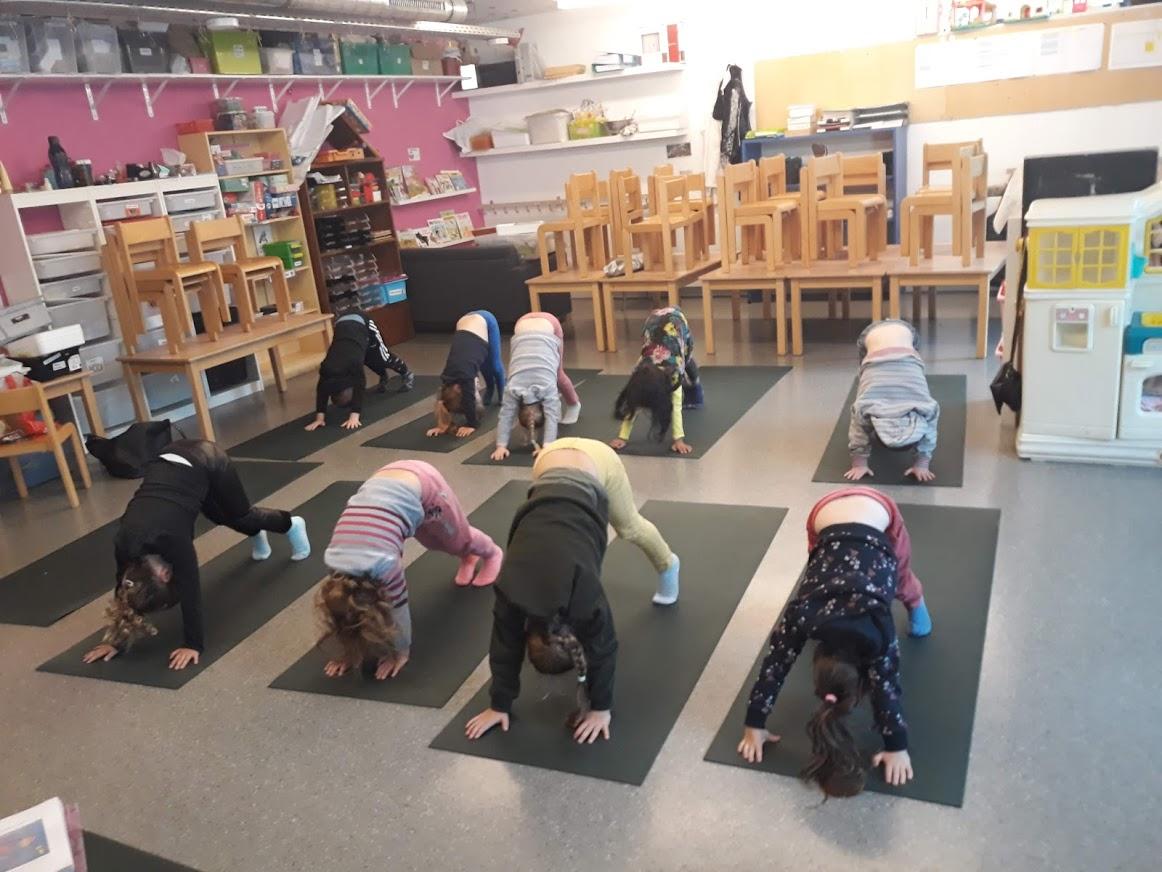 yoga maternelles 2