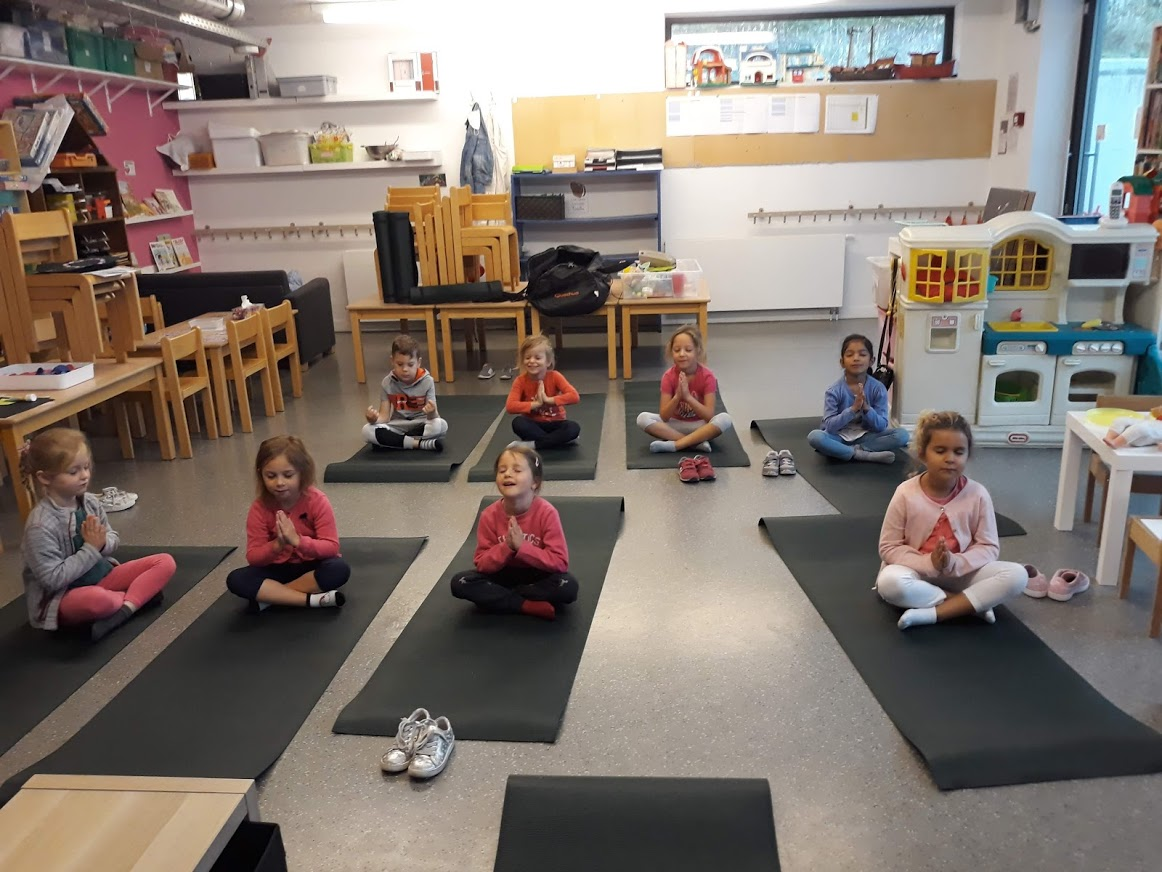 yoga maternelles